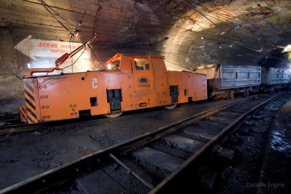 счет этого фото подземных электровозов так отметить, что